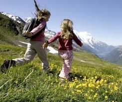 Jak tanio spędzić urlop w górach z dzieckiem?