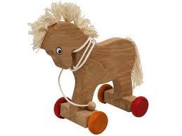 Mniej i bardziej tradycyjne zabawki z drewna