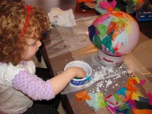 Wielkanocne dekorowanie sali szkolnej lub przedszkolnej