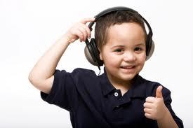 Dlaczego warto słuchać radia z maluchem?