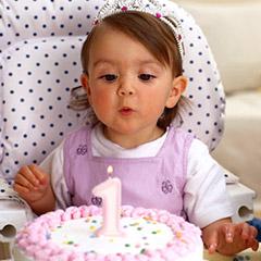 pierwsze-urodziny-dziecka